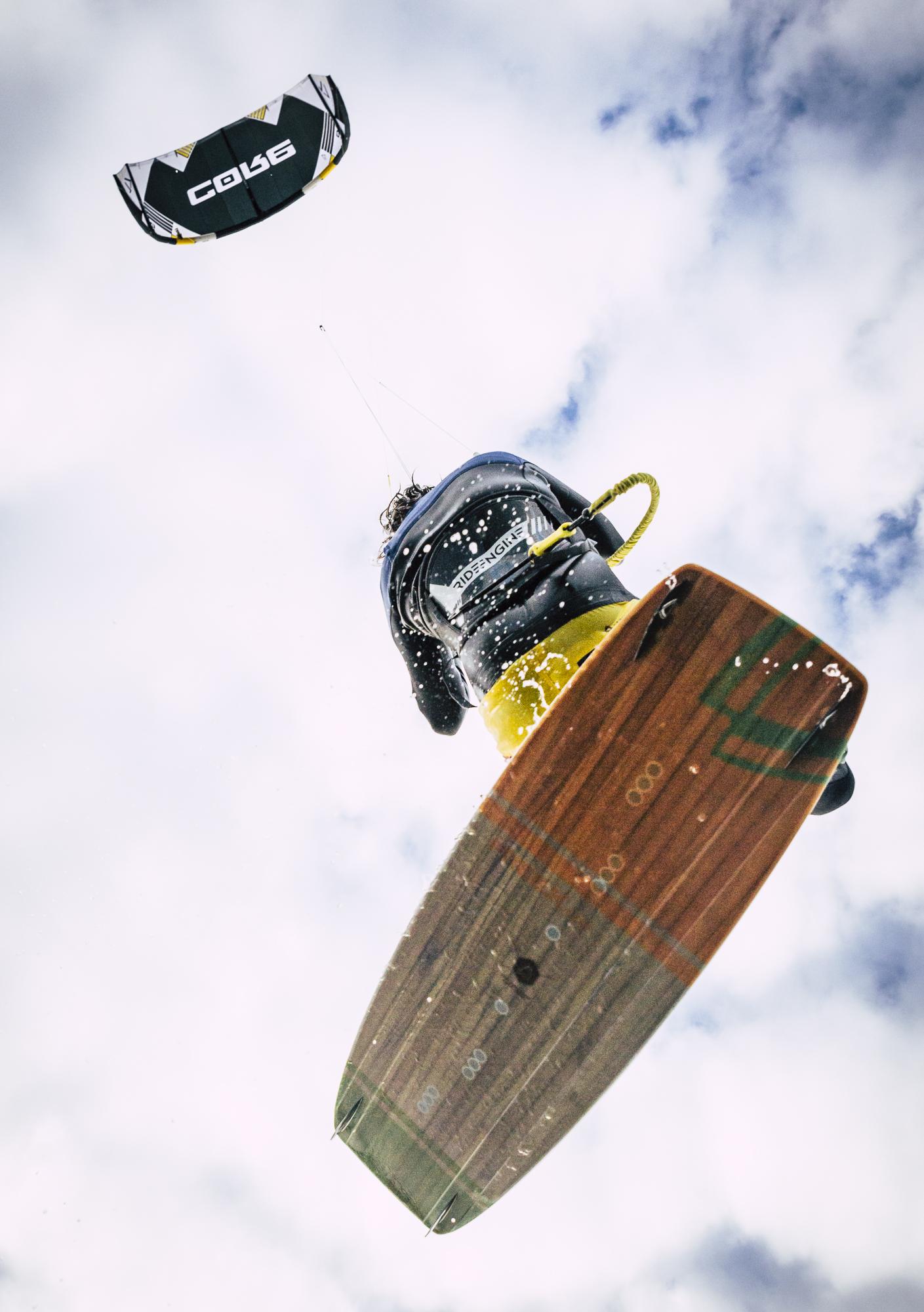 kitesurfer sprung