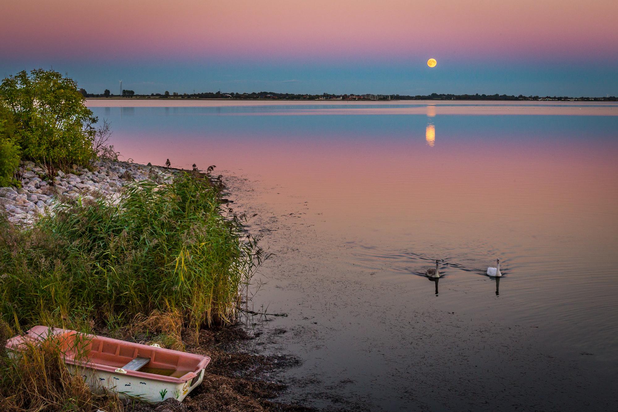 Mond Lemkenhafen Orth