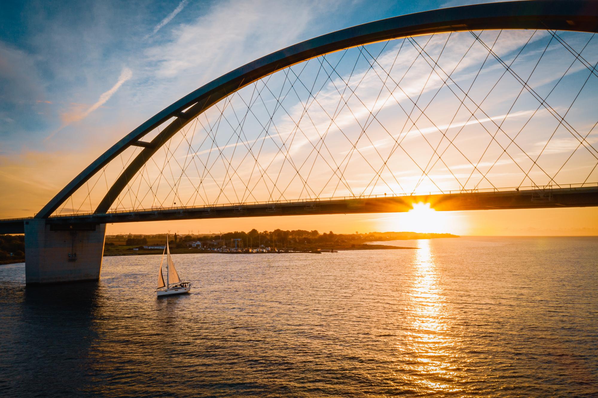 Sonnenaufgang Fehmarnsund Brücke